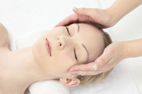 prancūziškas veido masažas
