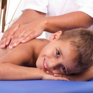 nugaros masažas vaikams