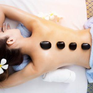 šiltų akmenų masažas