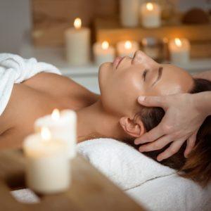 Kompleksinis – ajurvedinis veido ir dekolte masažas KERALA